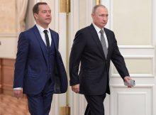 Путин и Медведев проморгали лучшие годы