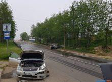 Nissan Skyline разворотило вДТП наулице Дзержинского вОхе 9