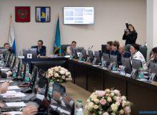 В сахалинской облдуме распределили новые зарплаты 1