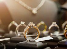 Онлайн-продажи ювелирных украшений в России теперь легальны