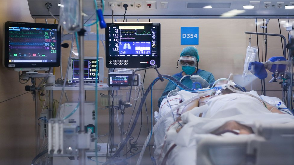 Коронавирус будут лечить удалённо