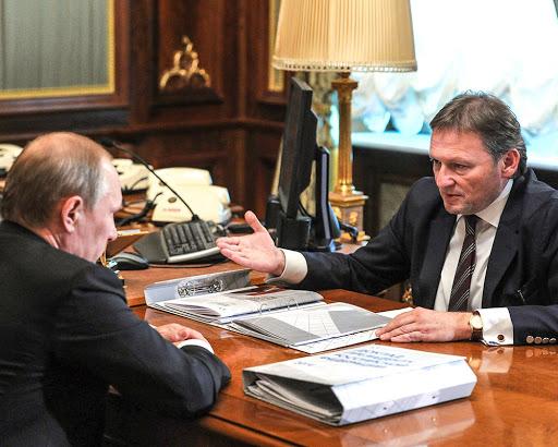 Путину предложили ввести «УСН-общепит»
