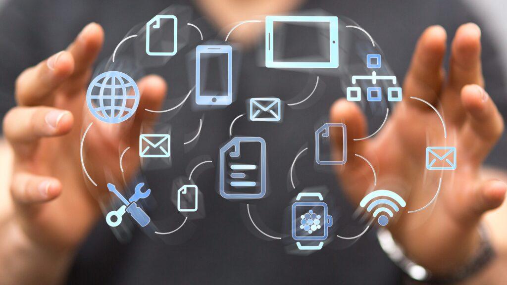 Лидеры ИТ-рынка услуг 1